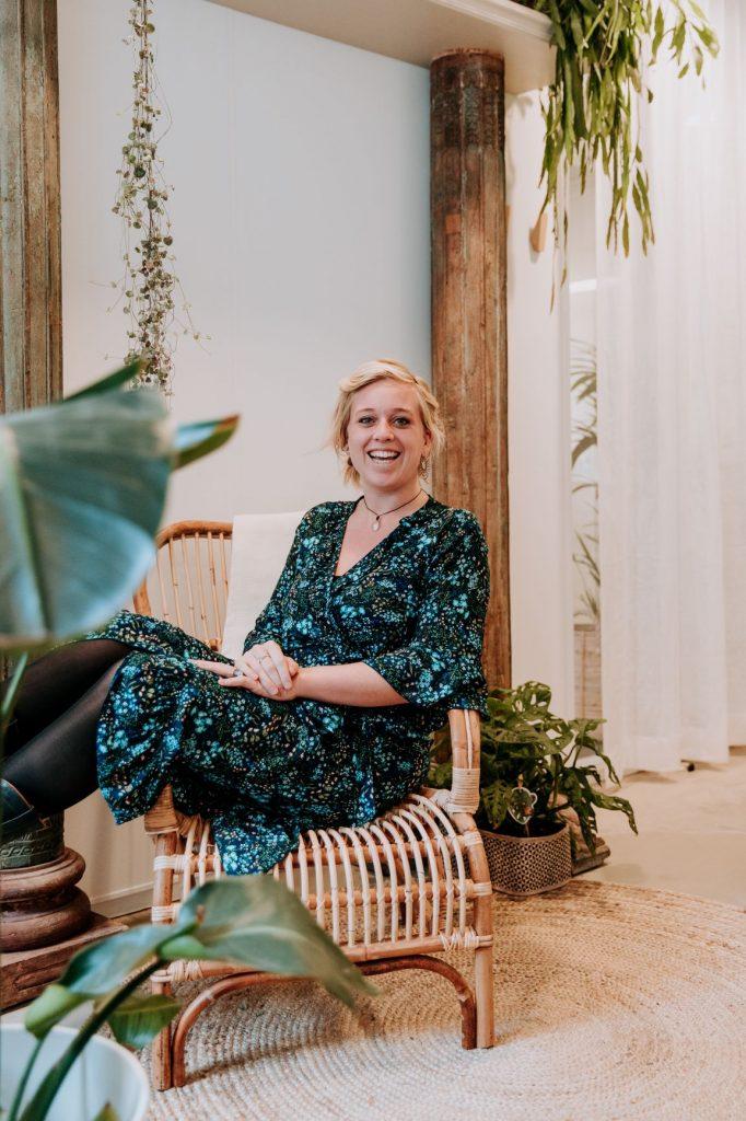 Hanneke Schrijver oprichtster van de ontspanningspraktijk Zen je zot